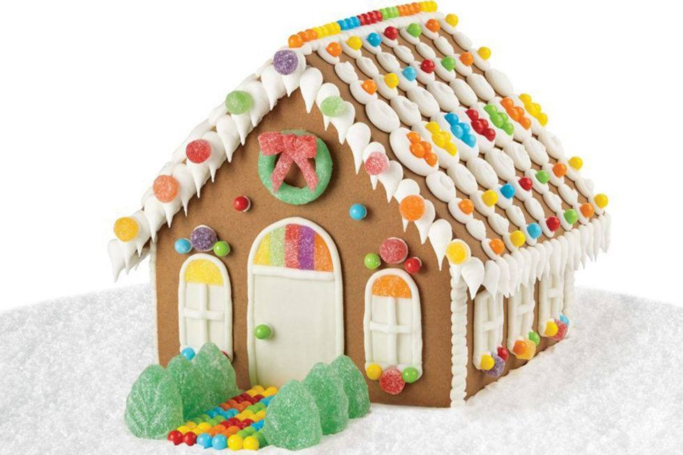 And the not so healthy. Gingerbread House Making